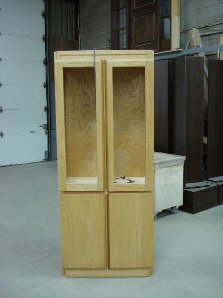 Meubles et d capage boiseries gms armoires de cuisine for Decapage meuble