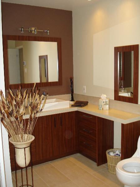 Salles de bain boiseries gms armoires de cuisine et for Cuisine salle de bain laval
